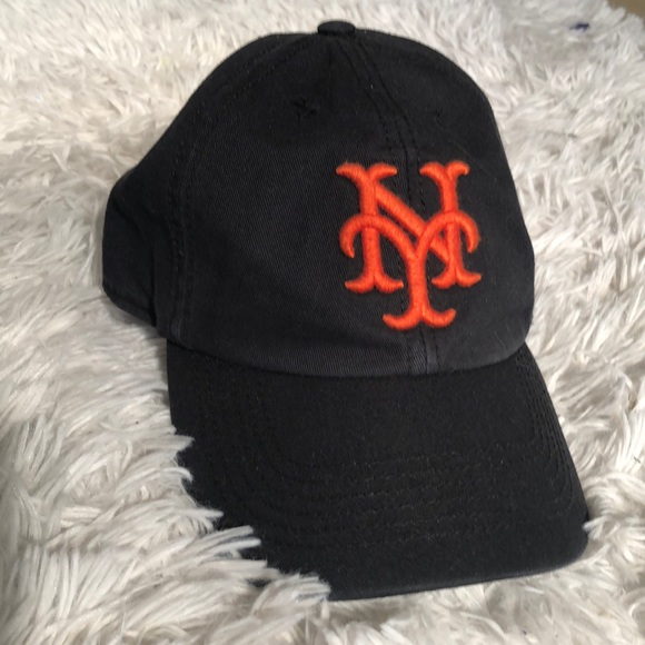 cooperstown collection Other - Vintage NY Giants Hat 720d4dbe0fc